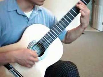 Prelude from Bach´s Cello Suite No  1 on classical guitar
