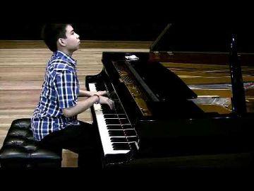 Beethoven - Piano Sonata No  17, Op  31/2